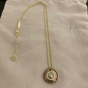 Kendra Scott LUXE necklace in gold & Iri Agate